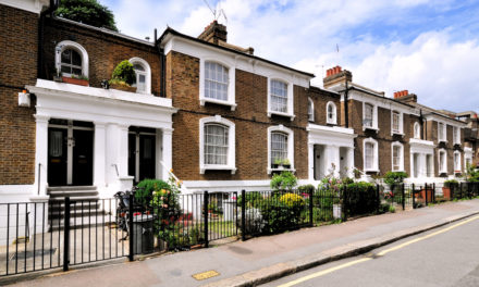 UK house price growth set to come to a halt