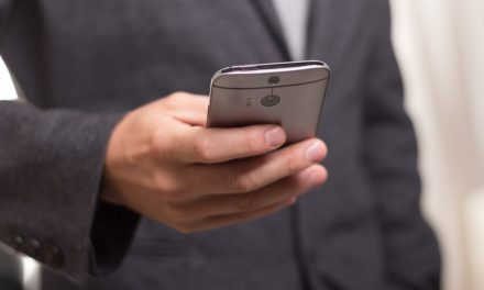 Clients prefer online contact to speaking with lawyers, research finds
