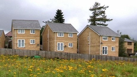"""""""Worthless Houses"""" due to building and planning failures"""
