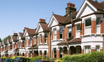 Confidence in UK housing market cooled in November