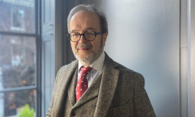 Long-standing tax barrister launches alternative chamber model to better-serve conveyancer