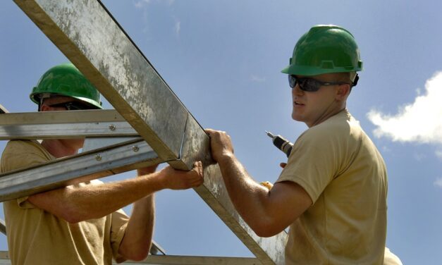UK construction job vacancies rise to highest figure in 20 years